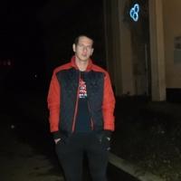 Максим Сероштанов